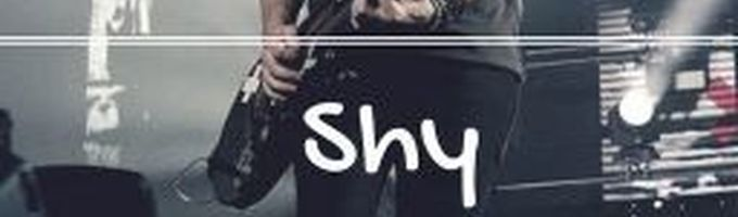 Shy - A Michael Clifford Fanfic